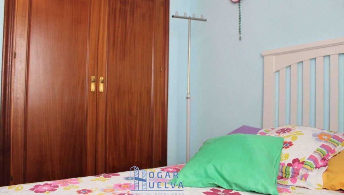 Gran piso reformado, exterior y soleado en Isla Chica17