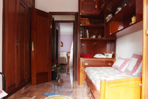 Gran piso reformado, exterior y soleado en Isla Chica19