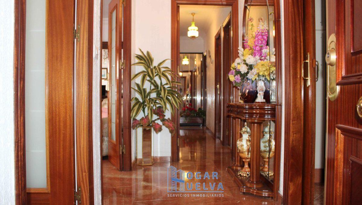 Gran piso reformado, exterior y soleado en Isla Chica2