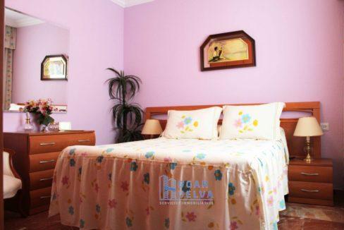 Gran piso reformado, exterior y soleado en Isla Chica22