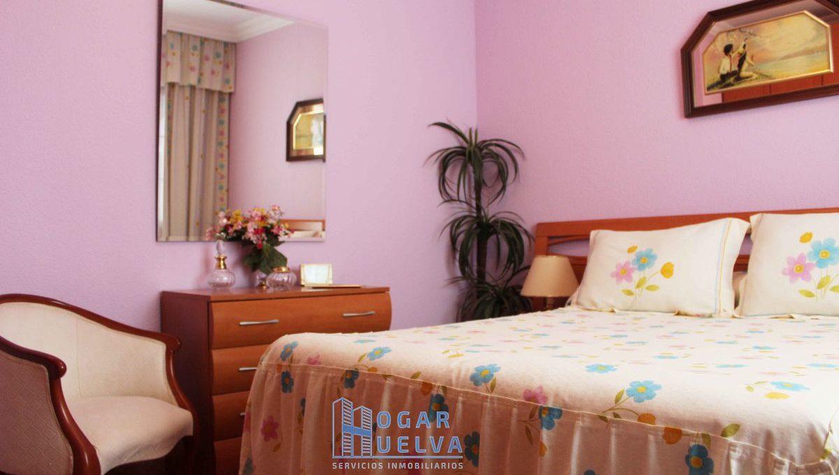 Gran piso reformado, exterior y soleado en Isla Chica23