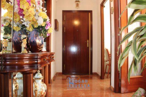 Gran piso reformado, exterior y soleado en Isla Chica9